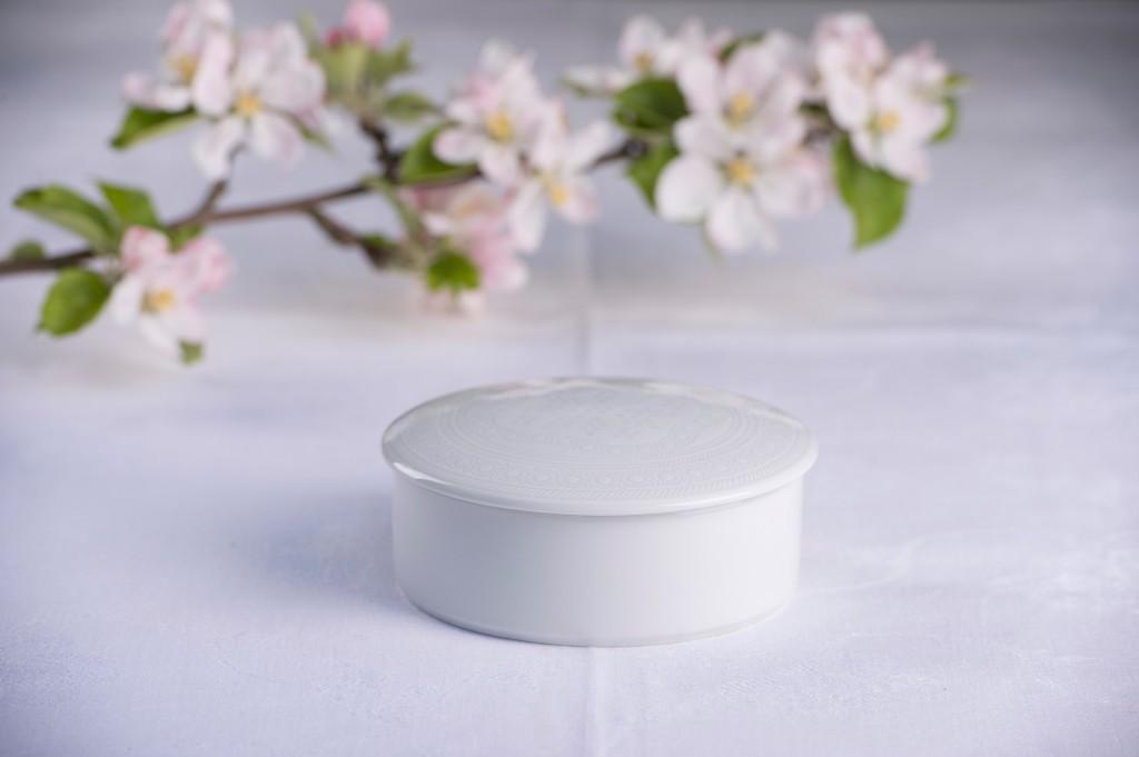 Telerosa - Tradisjon Hvit lite smykkeskrin i porselen